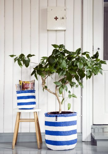 Mifuko-1322-1522-magazines-storage-livingroom-plant-inspiration